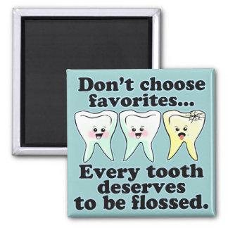 Humor dental del cepillo y de la seda imán cuadrado