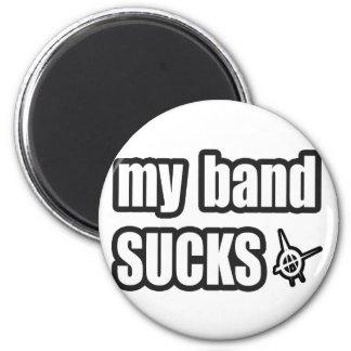 Humor divertido de la banda de la música de punk r iman de nevera