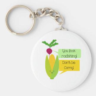 Humor divertido de la verdura del rábano y del llavero redondo tipo pin