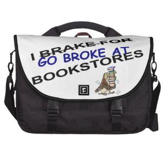 Humor divertido de las librerías del búho de los a bolsas para portatil