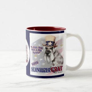 Humor político de los regalos del Schnauzer miniat Taza