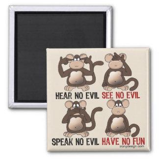 Humor sabio de los monos imán