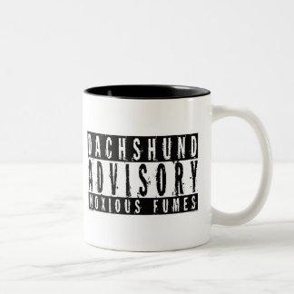 Humos nocivos consultivos del Dachshund Tazas De Café