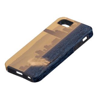 Humpack Whales Surfers Paradise Queensland iPhone SE/5/5s Case
