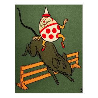 Humpty Dumpty: Humpty monta un ratón Tarjetas Postales