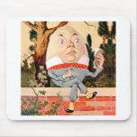 Humpty Dumpty Sat en una pared en el país de las m Tapetes De Ratones