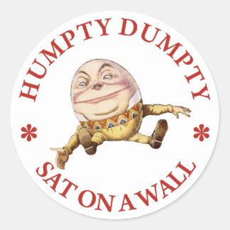Humpty Dumpty Sat en una pared Etiqueta Redonda