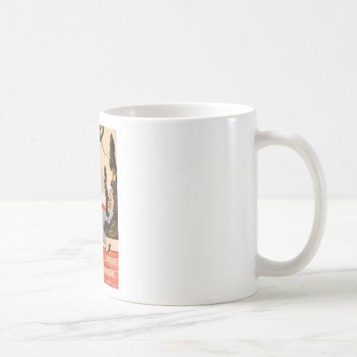 Humpty Dumpty Sat on a Wall In Wonderland Classic White Coffee Mug