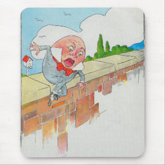 Humpty Dumpty sat on a wall Mouse Pad