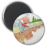 Humpty Dumpty sentado en una pared Imán Redondo 5 Cm