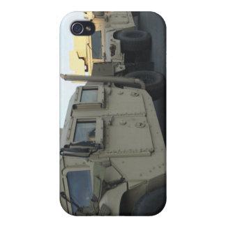 Humvees se sienta en el embarcadero en la ciudad iPhone 4/4S carcasa