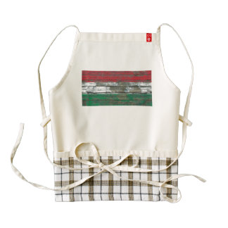 Hungarian Flag on Rough Wood Boards Effect Zazzle HEART Apron