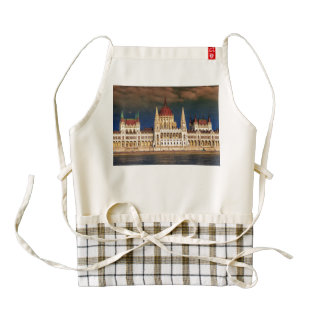 Hungarian Parliament Building in Budapest, Hungary Zazzle HEART Apron