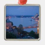 HUNGARY, Budapest: Szechenyi (Chain) Bridge, 2 Square Metal Christmas Ornament
