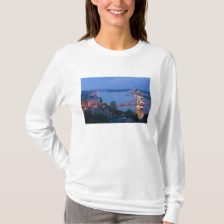 HUNGARY, Budapest: Szechenyi (Chain) Bridge, 2 T-Shirt