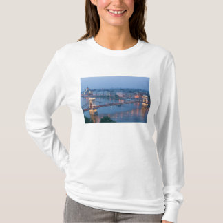 HUNGARY, Budapest: Szechenyi (Chain) Bridge, 3 T-Shirt