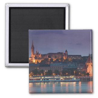 HUNGRÍA, Budapest: Colina del castillo, iglesia ca Iman De Frigorífico