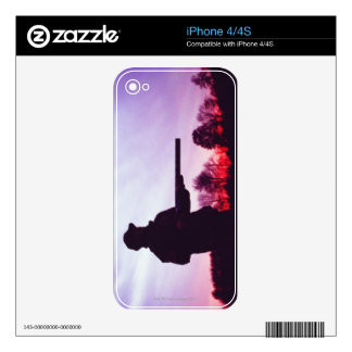 Hunter with Gun Skin For The iPhone 4S