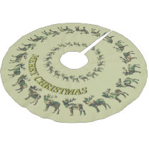Hunters Elk and Camo YOUR NAME Tree Skirt