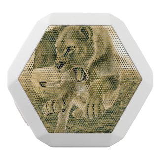 Hunting Lioness White Bluetooth Speaker