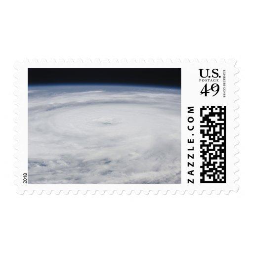 Huracán Bill en el Océano Atlántico 2