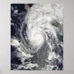 Huracán Jimena que se acerca a Baja California Póster