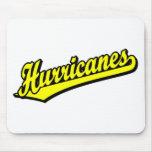 Huracanes en amarillo tapetes de ratón