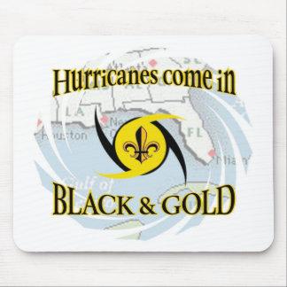 Huracanes en negro y oro tapetes de raton