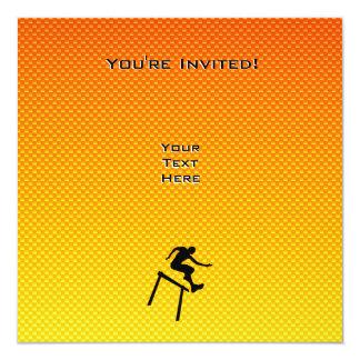 """Hurdler amarillo-naranja invitación 5.25"""" x 5.25"""""""