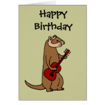 Hurón divertido que toca la guitarra roja felicitacion
