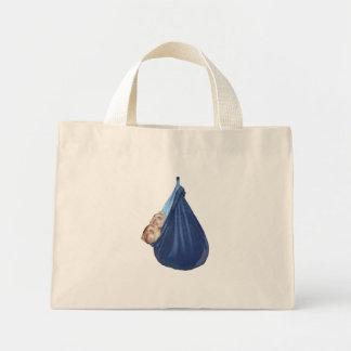 Hurónes en una bolsa de asas del saco de dormir