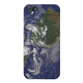 Hurricane Dean Approaches Yucatan Peninsula Cover For iPhone 5