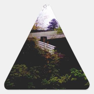 huse på toppen.jpg triangle sticker
