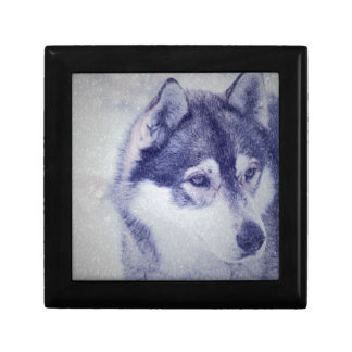 Husky in the snow jewelry boxes