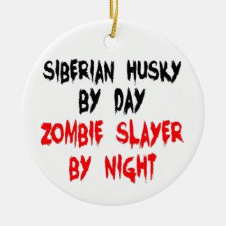Husky siberiano del asesino del zombi adorno redondo de cerámica