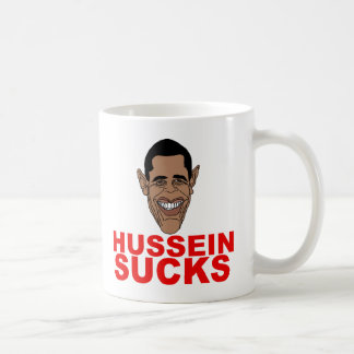 Hussein chupa tazas de café