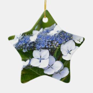 Hydrangea azul adorno navideño de cerámica en forma de estrella