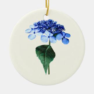 Hydrangea azul delicado de Lacecap Adorno Navideño Redondo De Cerámica