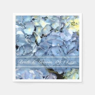 Hydrangea azul que casa las servilletas de papel