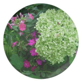 Hydrangea Greenery Party Plates