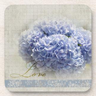 Hydrangeas azules románticos posavasos de bebidas