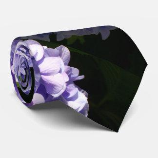 Hydrangeas púrpuras corbata personalizada