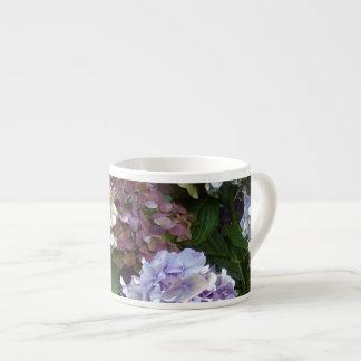Hydrangeas púrpuras de 1 azul de la lavanda taza espresso