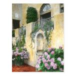 Hydrangeas purpúreos claros en la plena floración tarjetas postales