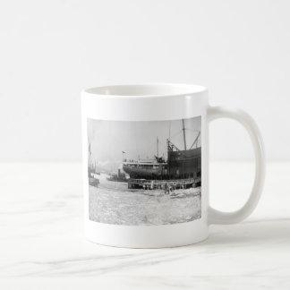 Hydro-Aeroplane on Ice 1910 Mugs
