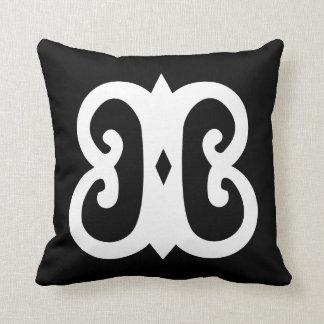 Hye Won Hye | Symbol for endurance imperishability Pillow