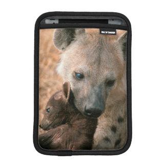Hyena manchado (Crocuta del Crocuta) con el Funda iPad Mini