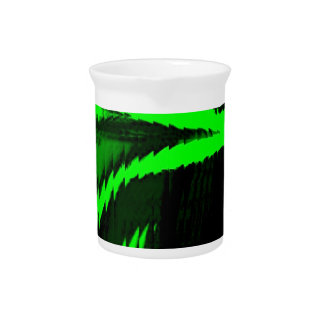 hyper twisted drink pitcher
