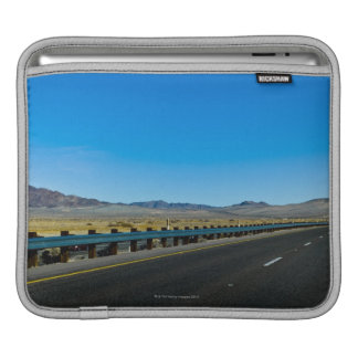 I-15 Highway, Los Angeles to Las Vegas iPad Sleeves