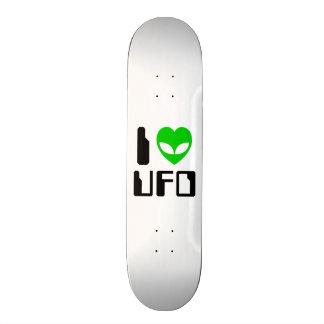 I Alien Heart UFO Skateboard Deck